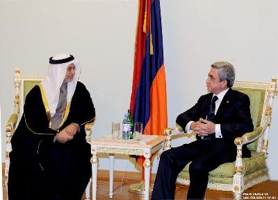 Президент Армении принял министра иностранных дел ОАЭ