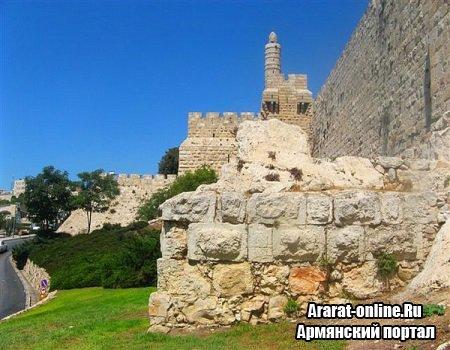 """В """"Эребуни"""" восстановят крепостную стену"""