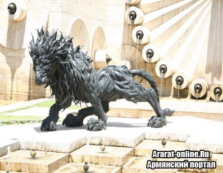 Выставка скульптуры в Ереване