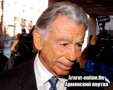 Ушел из жизни Кирк Керкорян