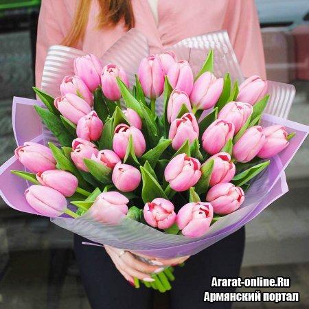Тюльпаны – лучший подарок на 8 марта и к любому празднику